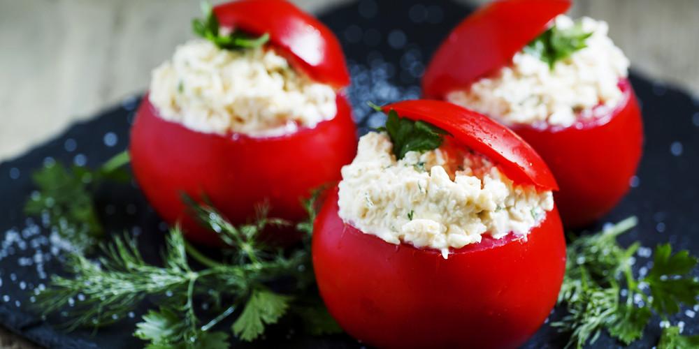 Recette Tomates farcies au fromage frais facile | Mes ...