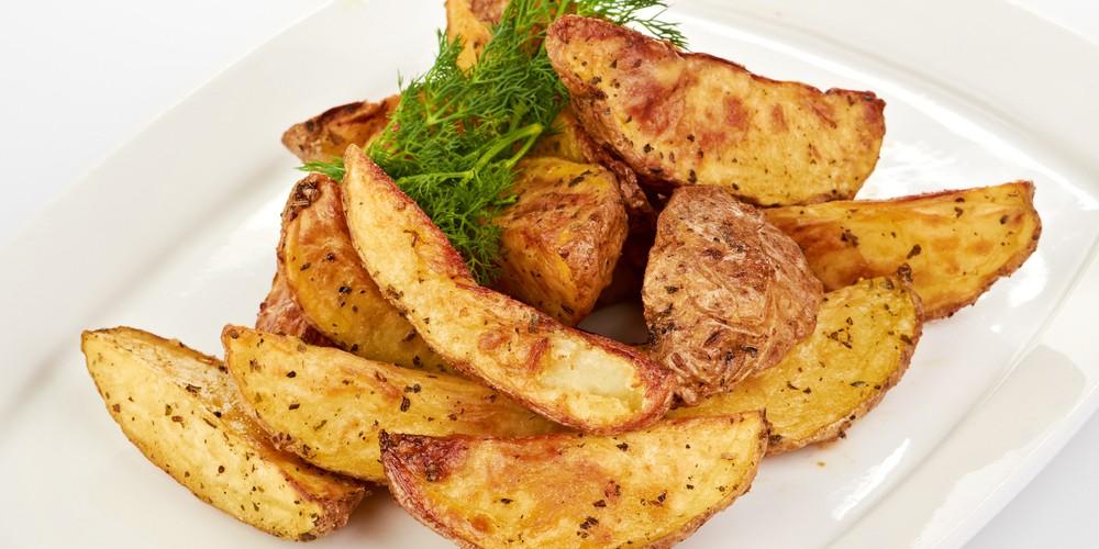 Patatas con Ajo y Parmesano