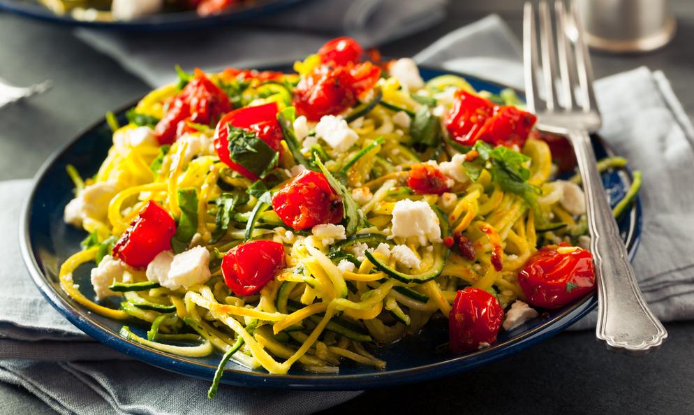 Recette Spaghettis de courgettes à la tomate facile | Mes ...